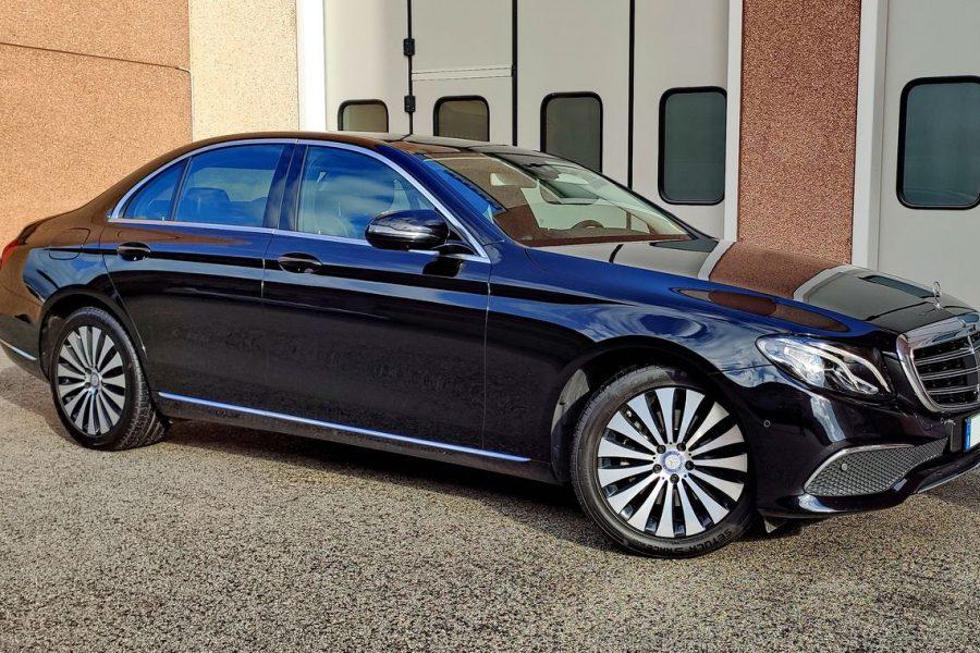 Mercedes-classe-E-W113Premium_res_1